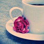 <b>Кофе</b> и роза на блюдце гифка анимация