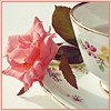 <b>Роза</b> у чашечки. <b>Доброе</b> <b>утро</b>! гифка анимация