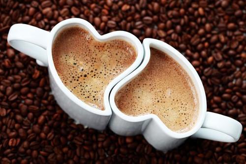 17 апреля. Международный день <b>кофе</b>. Чашечки <b>кофе</b> в виде с... гифка анимация