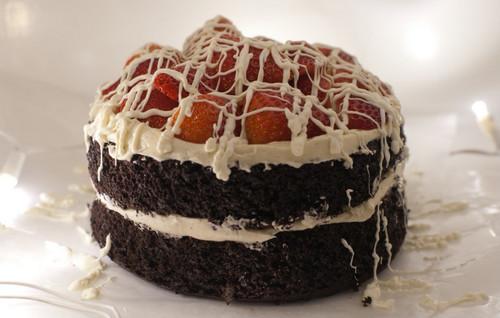Вкусный <b>торт</b> фруктами. С международным днем <b>торта</b>! гифка анимация