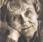 Мудрость <b>пожилой</b> женщины гифка анимация