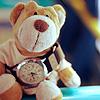 <b>Медвежонок</b> <b>с</b> часами гифка анимация