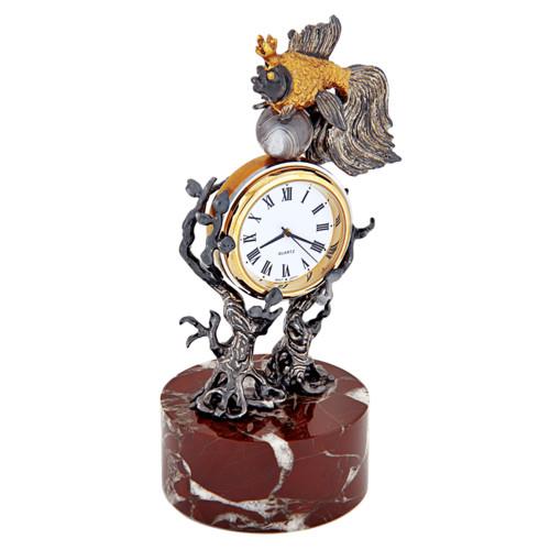 Праздники День HR-менеджера. Подарок -часы Золотая рыбка смайлик гиф анимация