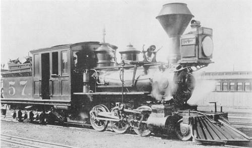 С <b>днем</b> <b>железнодорожника</b>! Модель паровоза прошлого гифка анимация